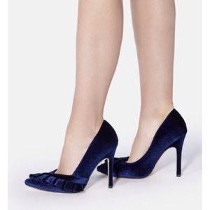 "Just Fab Blue Velvet ""Tori"" Heels Size 7.5"